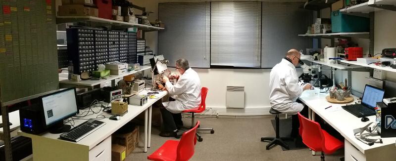 photo atelier réparation électronique